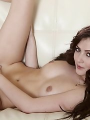 Cassie Laine gets playful with her aroused body